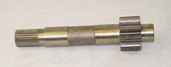 636695R1 International 500 pinion shaft