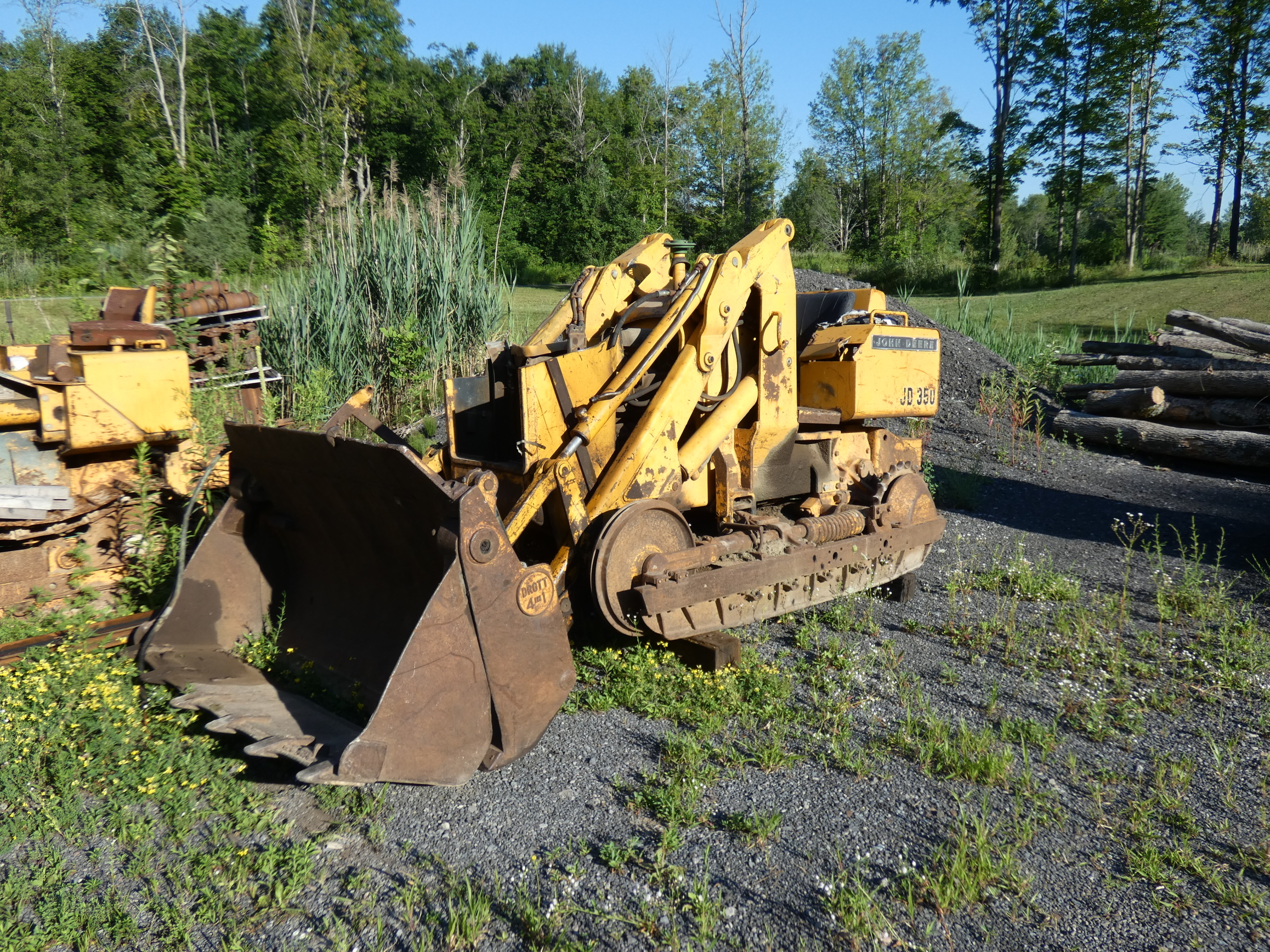 John Deere 350 Salvage Parts